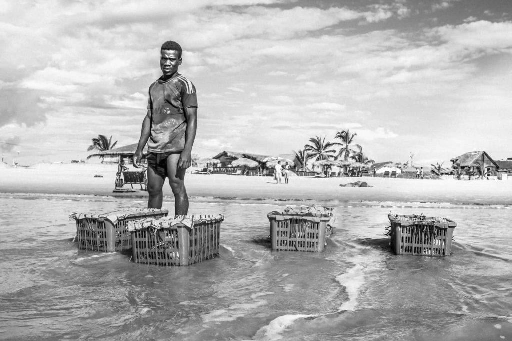 Immersion le temps de 4 voyages de 3 mois chacun chez les Nomades de la mer Morondava à Madagascar