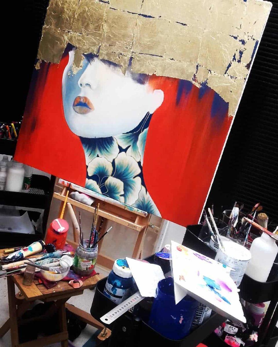 Atelier de la peintre Julie Dalloz   Biographie